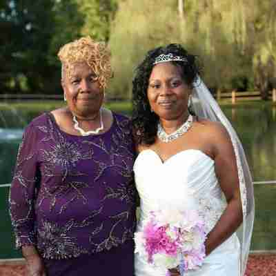 Tammy B with mom_after her wedding ceremony_Wedding DJ_DJ Creativity