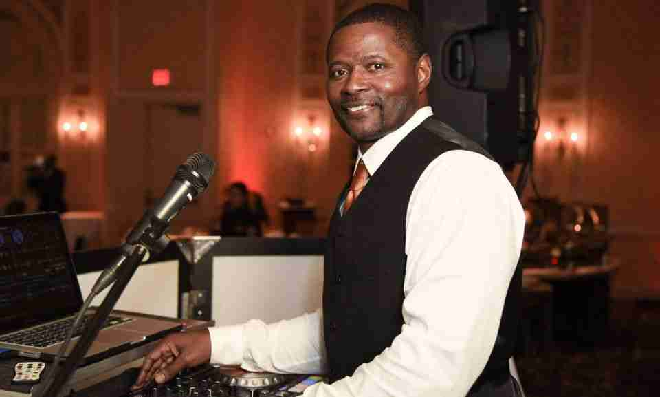 Entertainment DJ_DJ Creativity at Combs Wedding at Hotel at Roanoake & Conference Center
